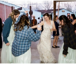 Brevard-Lumberyard-Wedding-Meghan-Rolfe-Photography_0082